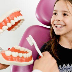 Consultatie dentara copii
