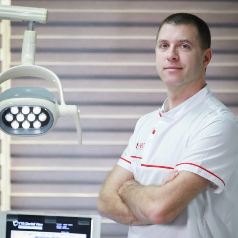 Dr. Cristian Irimia - echipa ABC Eurodent