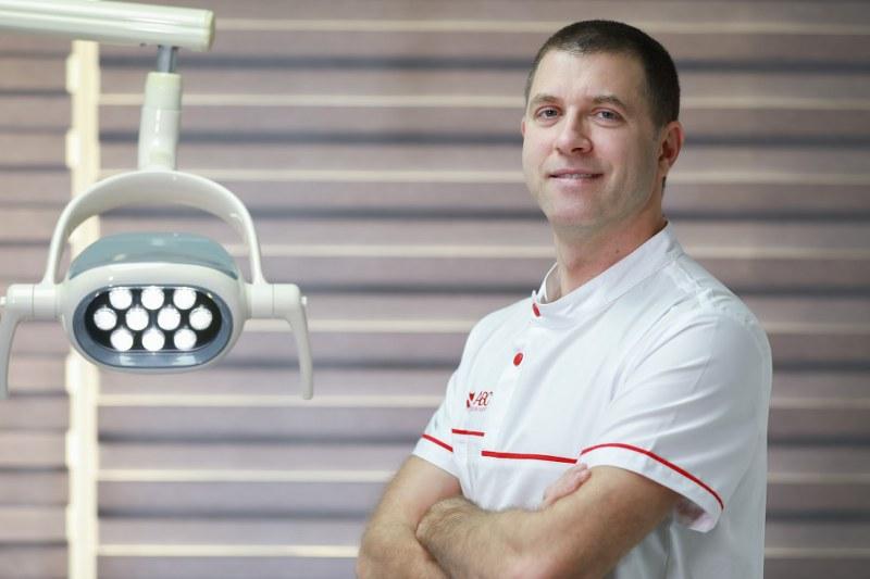 Implant dentar Bucuresti pret